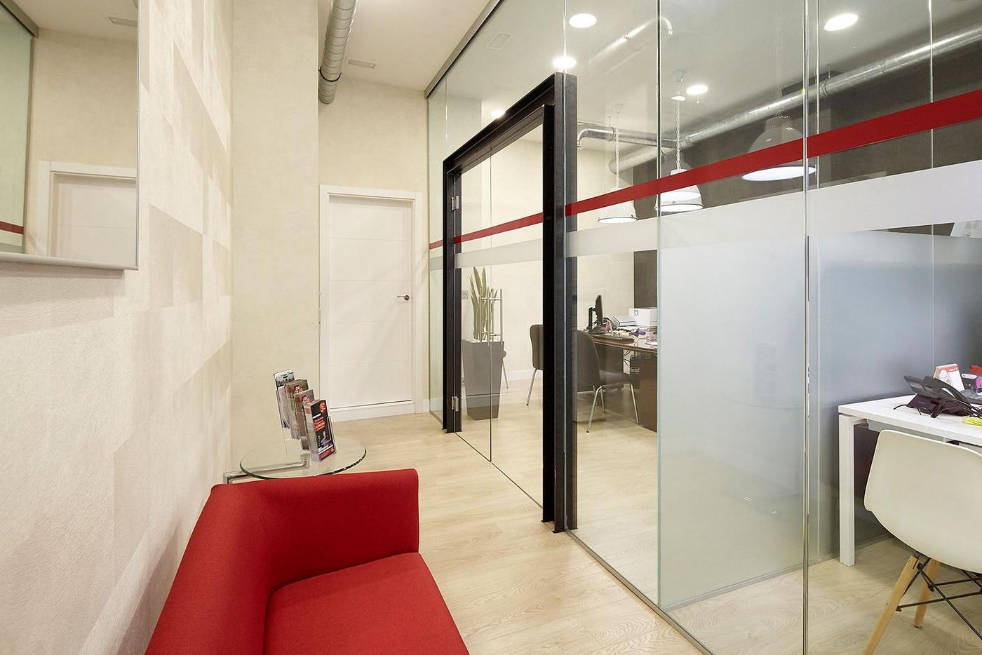 Oficina de seguros generali jon decoraci n estudio de interiorismo y reformas en ordizia - Estudios de interiorismo y decoracion ...